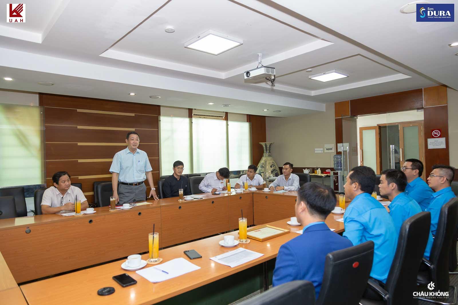 Thầy Ts. Nguyễn Hoàng Minh Vũ – Phó hiệu trưởng trường Đại học Kiến Trúc phát biểu tại buổi họp